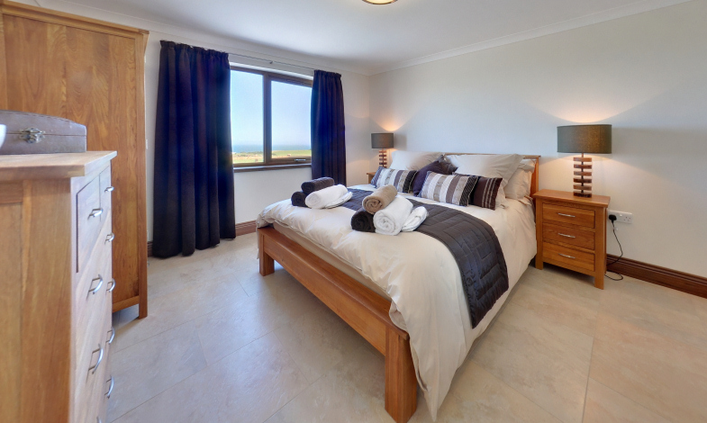 Millwheel Cottage Master Bedroom, Dumfries & Galloway